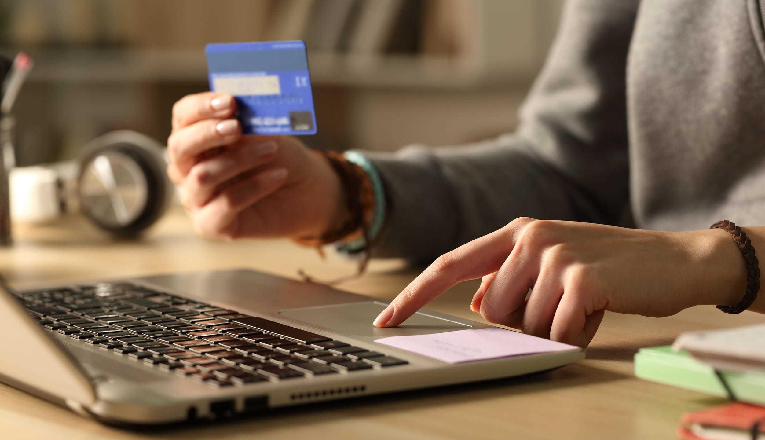 美国用户月均订阅支出达273美元